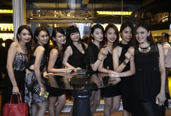 L-R Moon Young, Stephy Lau, Pei Wen, Pinky Liew, May Choong, Jacqueline Low, Nicholas Chan, Kiwi See