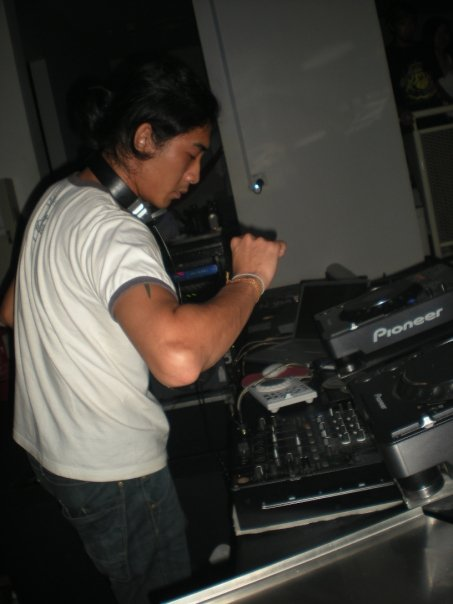 NICKY C at Blanc Le Club