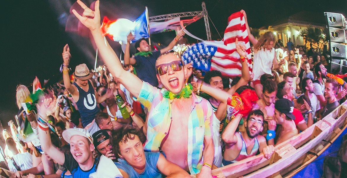 Ultra Europe Official Campsite Beachville – The Place To Be In 2016!