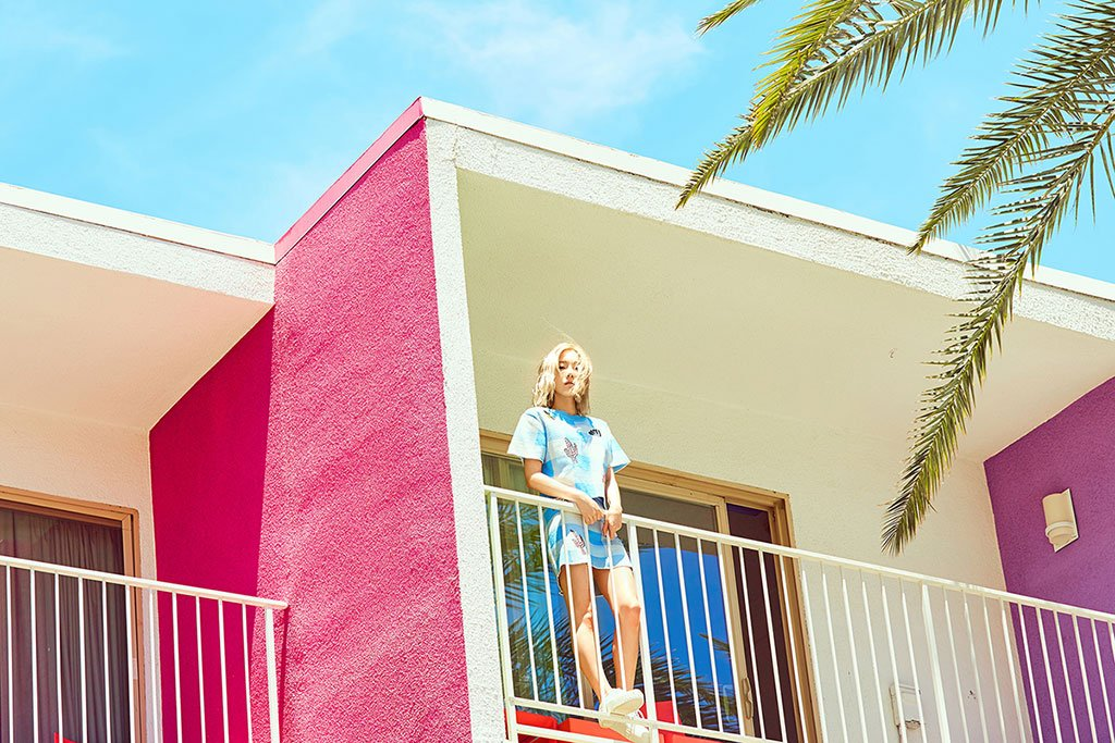 #WHY: Taeyeon Teases Fans with 2nd Mini Album Images