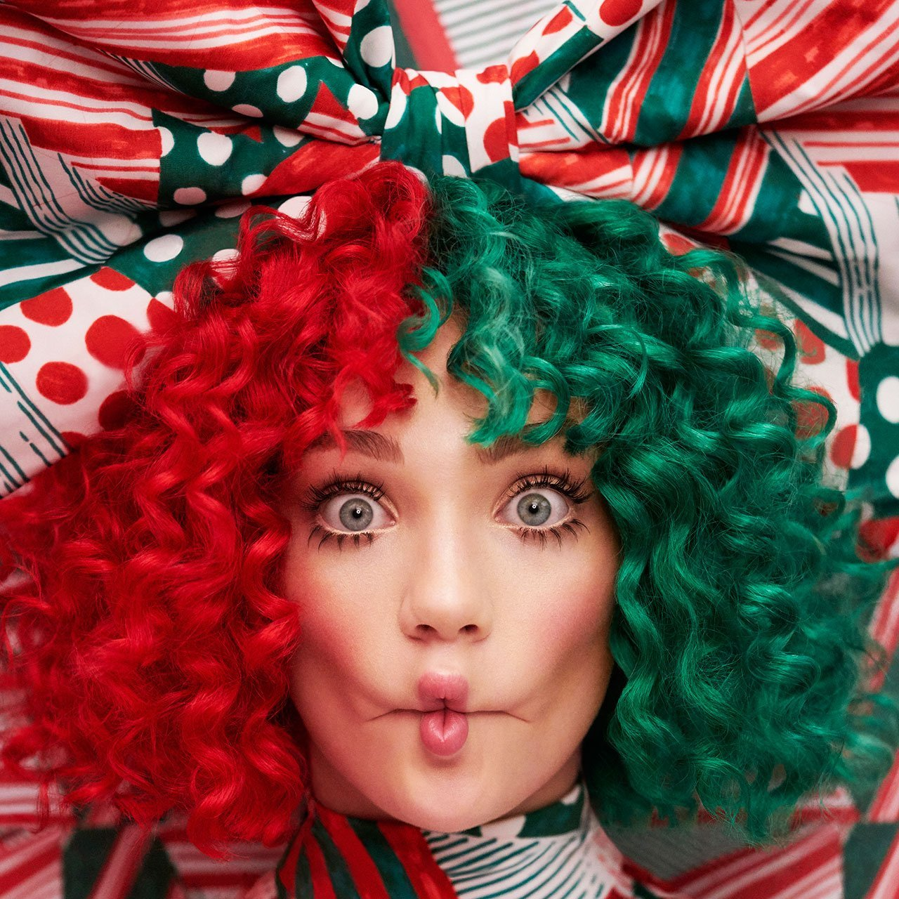 Sia To Release Everyday Is Christmas, First Holiday Album