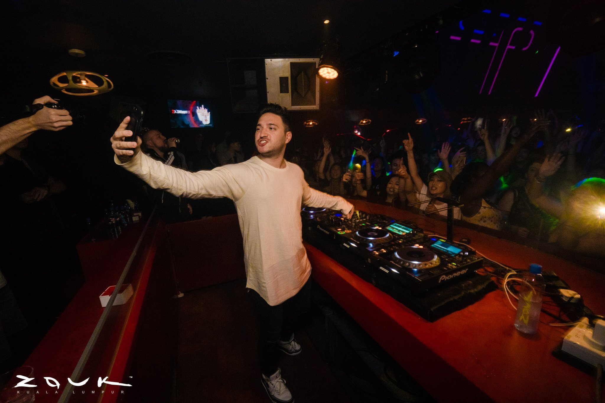 Jonas Blue 1st Time Ever in Malaysia!