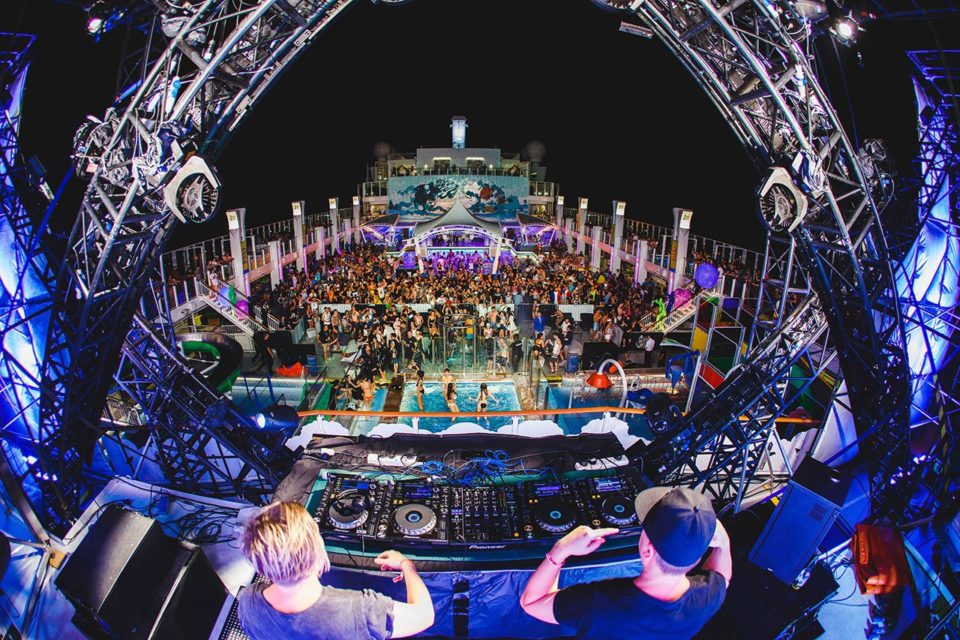 IT'S THE SHIP 'Deck Selecta' Competition Is Now Open For Aspiring DJs!