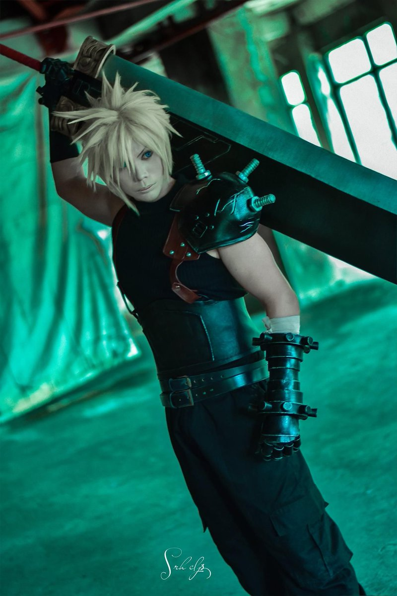 Cloud Strife Cosplay Costume