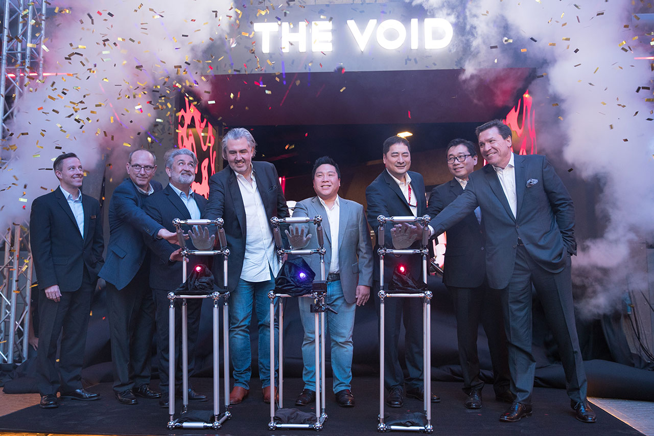 L to R: Brian Machamer, Senior Vice President of Theme Park; Mr Jeff Ruggels, Chief Finance Officer of The VOID; Dato' Edward Holloway, Executive Vice President of Leisure & Hospitality; Craig Watson, the Chairman & Chief Executive Officer of The VOID; Hui Lim, Executive Director & Chief Information Officer; Lee Thiam Kit, Head of Business Operation & Strategies, RWG; Aaron Chia, Executive Vice President - Gaming Operations; John D. Watkins Jr., The VOID Chief Executive Officer for Asia at the Grand Opening of The VOID at Resort World Genting