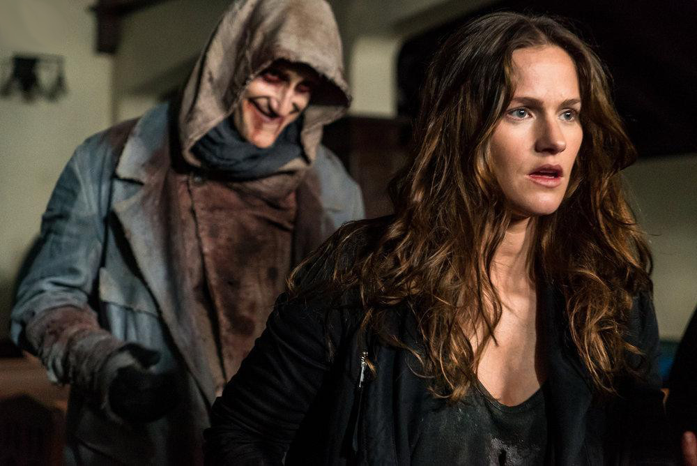 Best Netflix TV Shows 2020 - Van Helsing Netflix